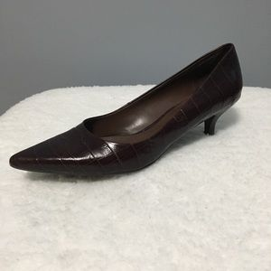 Nine West Kitten Heel Brown Croc/Pointed Toe